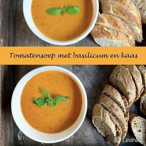 Tomatensoepmetbasilicumenkaas