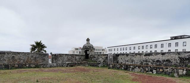 interior muralla Forte de Sao Bras Ponta Delgada Isla San Miguel Azores Portugal 01