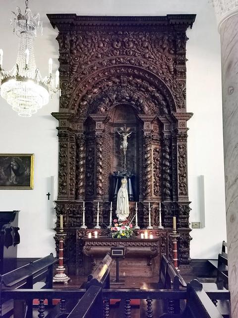 retablo capilla interior Iglesia matriz de San Sebastian Ponta Delgada Isla San Miguel Azores Portugal 09