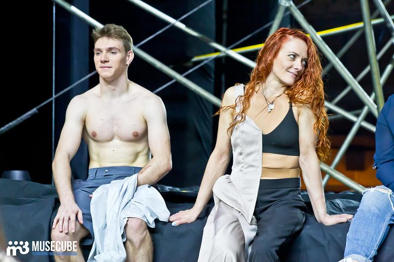 Pari_nad_bezdnoi_Teatr_musicla_053