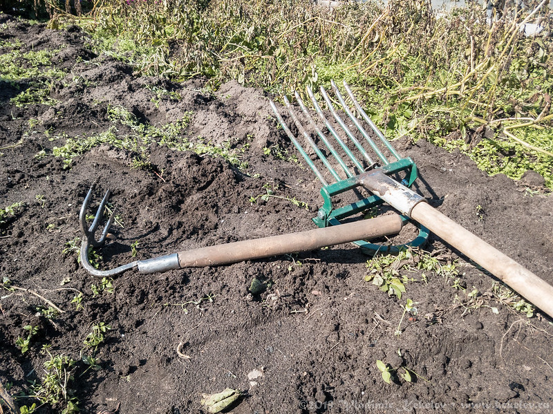 Инструмент для копки картошки