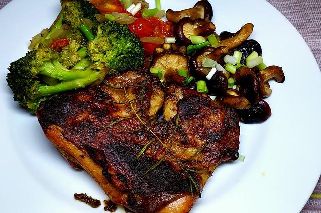 #170919 #jantar #frango #grelhado #cogumelos #brocolis #dinner #grilled #chicken #myshroom #broccolis