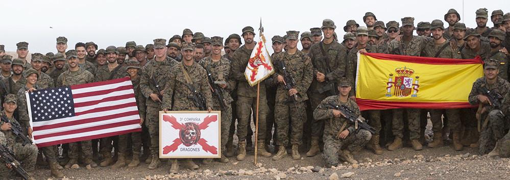 Un Ejercicio Conjunto Del Ejercito Espanol Y Los Marines De Eeuu En Fuerteventura