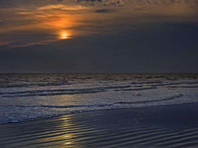Twilight over a silent beach !!