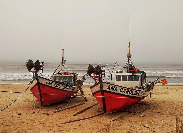 Barcos en la bruma