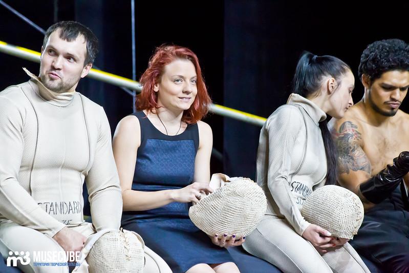 Pari_nad_bezdnoi_Teatr_musicla_044