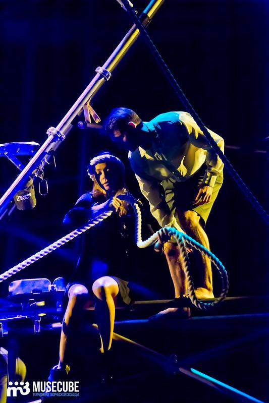 Pari_nad_bezdnoi_Teatr_musicla_028