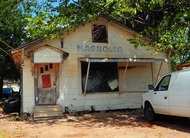 Abandoned Magnolia Cafe - Lovelady, Texas