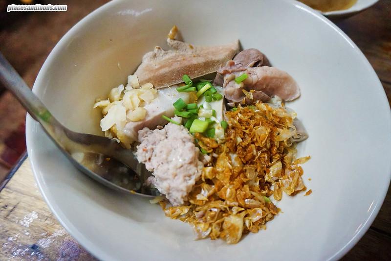 go benz phuket town pork rice