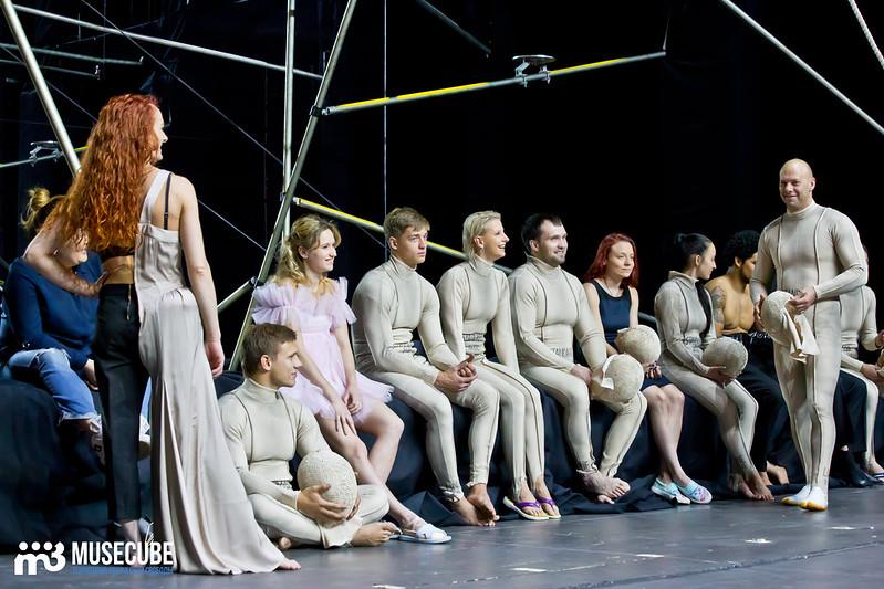 Pari_nad_bezdnoi_Teatr_musicla_047