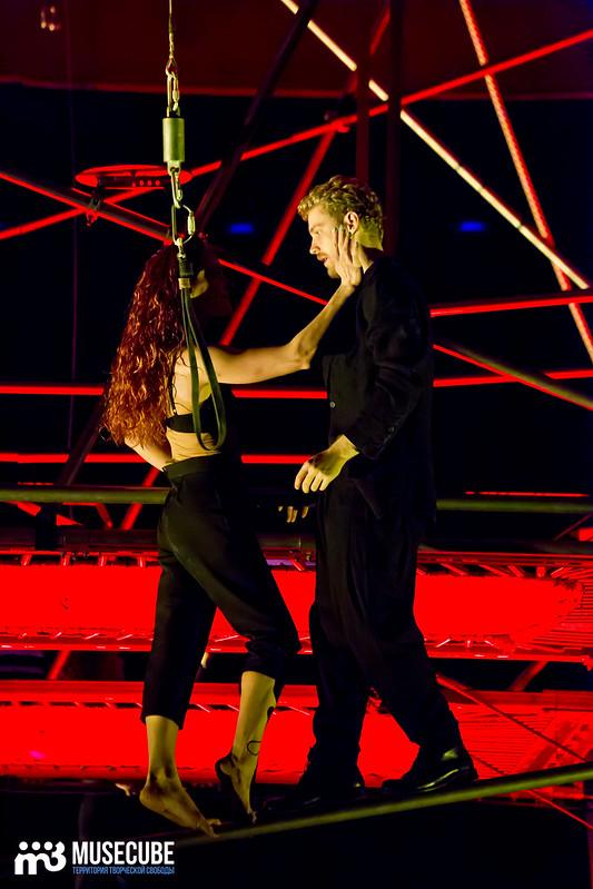 Pari_nad_bezdnoi_Teatr_musicla_024