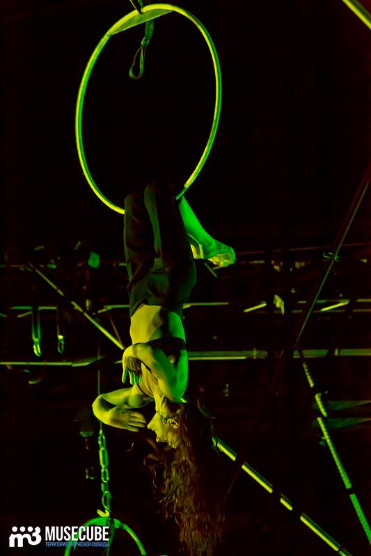 Pari_nad_bezdnoi_Teatr_musicla_013