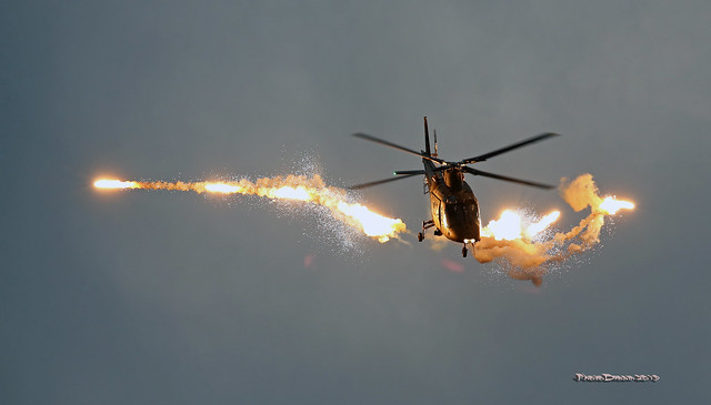 BAF A-109 Flares at Hecthel Sanicole 2019  - Sunset Airshow  2019-09-13 19-26-23  - G55A5074 - mod et signe