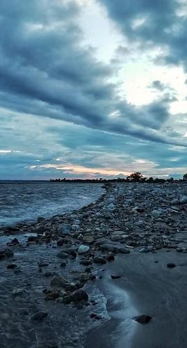 river diana rocks blue sunsets clouds