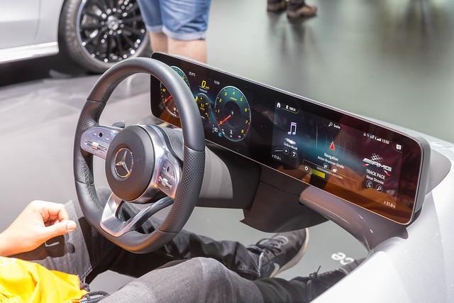 IA lernfähiges Multimediasystem MBUX: Mercedes-Benz User Experience