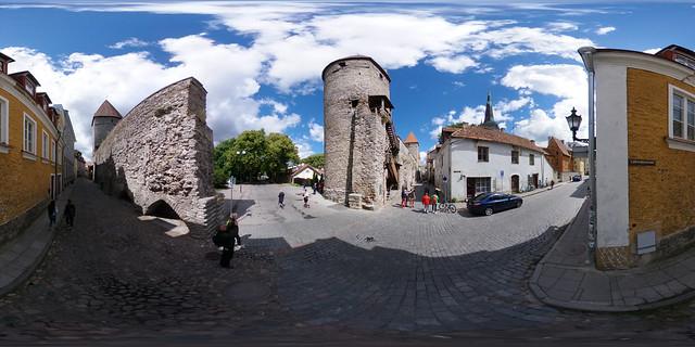 Estland - Tallinn, Plate-Turm und Stadtmauer 360 Grad