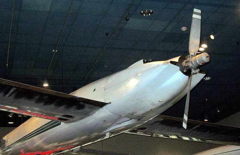 Rutan Voyager 6