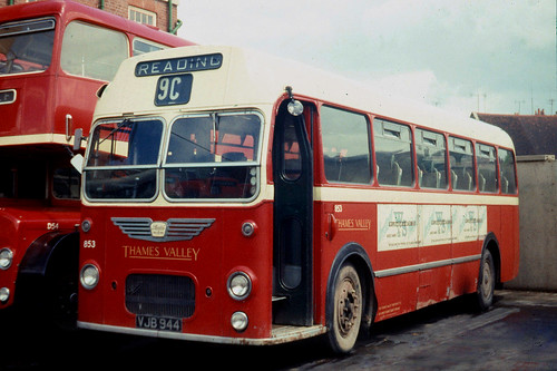 Thames Valley Traction Co . 853 VJB944 . Reading Garage , Berkshire . 26th-May-1969 .
