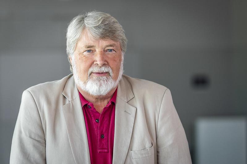 Dr. Michael Schröder