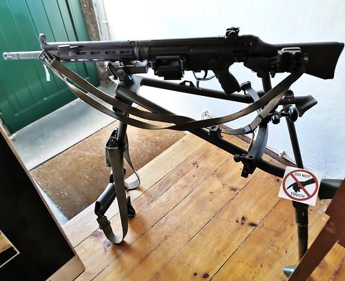 arma de fuego Museo Militar Forte de Sao Bras Ponta Delgada Isla San Miguel Azores Portugal 04