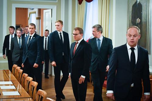 Valsts prezidents Egils Levits tiekas ar 13. Saeimā ievēlēto frakciju priekšsēdētājiem un viņu vietniekiem