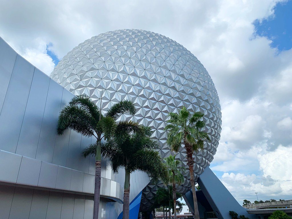 walt disney 7 причин, по которым стоит остановиться в Walt Disney World Swan and Dolphin Resort 48754306762 f8217f8f16 b