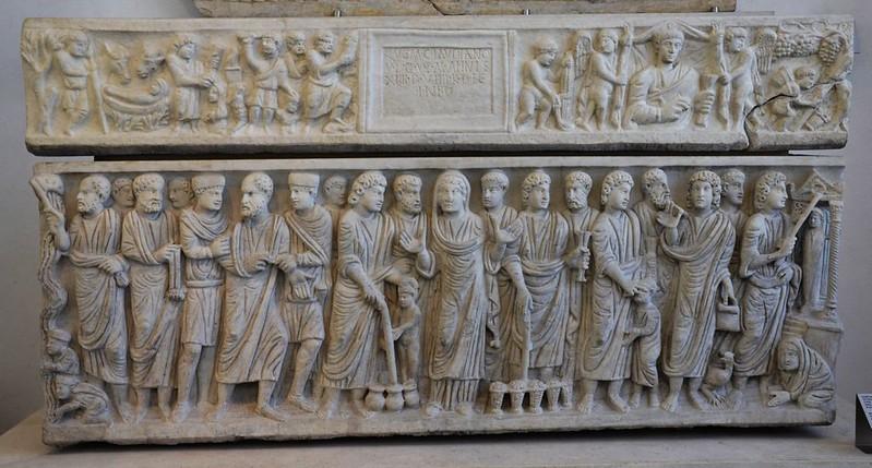 12 Саркофаг со сценами Нового и Ветхого Заветов Рим 330-е гг