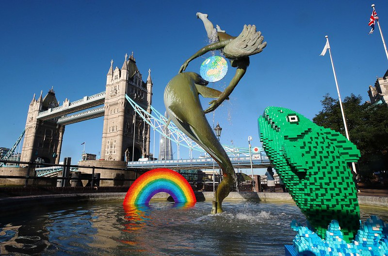 LEGO REBUILDS ICONIC THE GIRL WITH A DOLPHIN STATUE 3