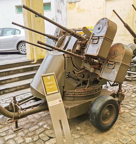 Vehiculo con armas Museo Militar Forte de Sao Bras Ponta Delgada Isla San Miguel Azores Portugal 03
