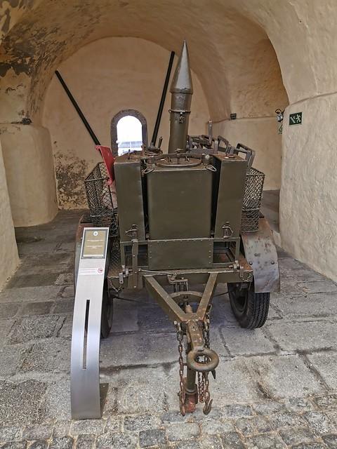 Vehiculo con armas Museo Militar Forte de Sao Bras Ponta Delgada Isla San Miguel Azores Portugal 05