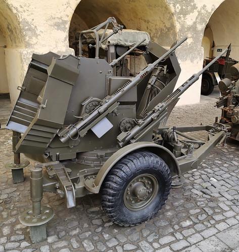 Vehiculo con armas Museo Militar Forte de Sao Bras Ponta Delgada Isla San Miguel Azores Portugal 09