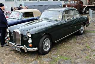 022 Alvis TE21 Sports Saloon (1964)