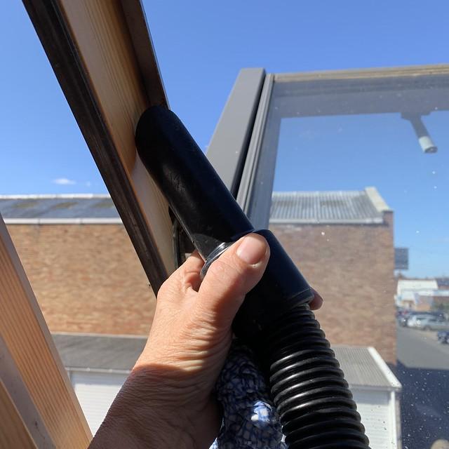 260 2019 vacuuming the Velux windows
