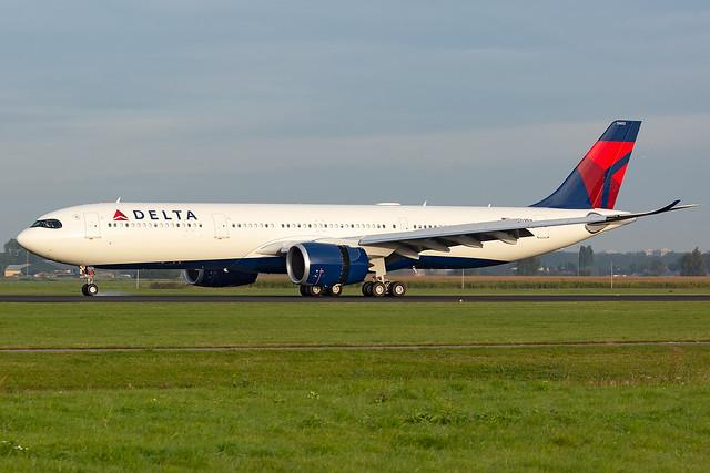 N403DX Airbus A330-941 Delta Air Lines