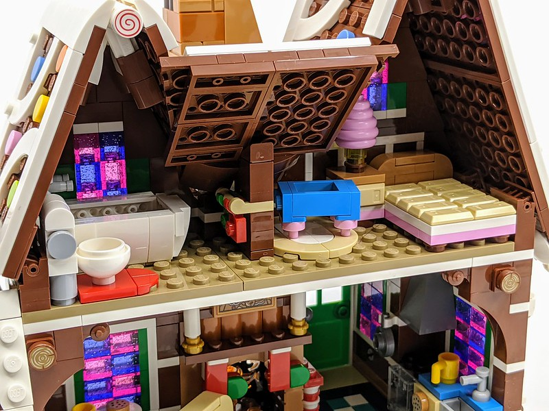 Gingerbread House Review