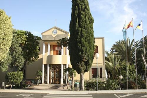 Fachada principal del Ayuntamiento de Agüimes