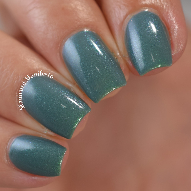 Bees Knees Lacquer Undertow review