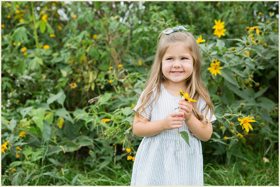 jenmadiganphotography-iowacityfamilyphotographer-clevelandfamilyphotographer-shakerheightsphotographer-iowafamilyphotographer-wilsonsorchardphotosession-06