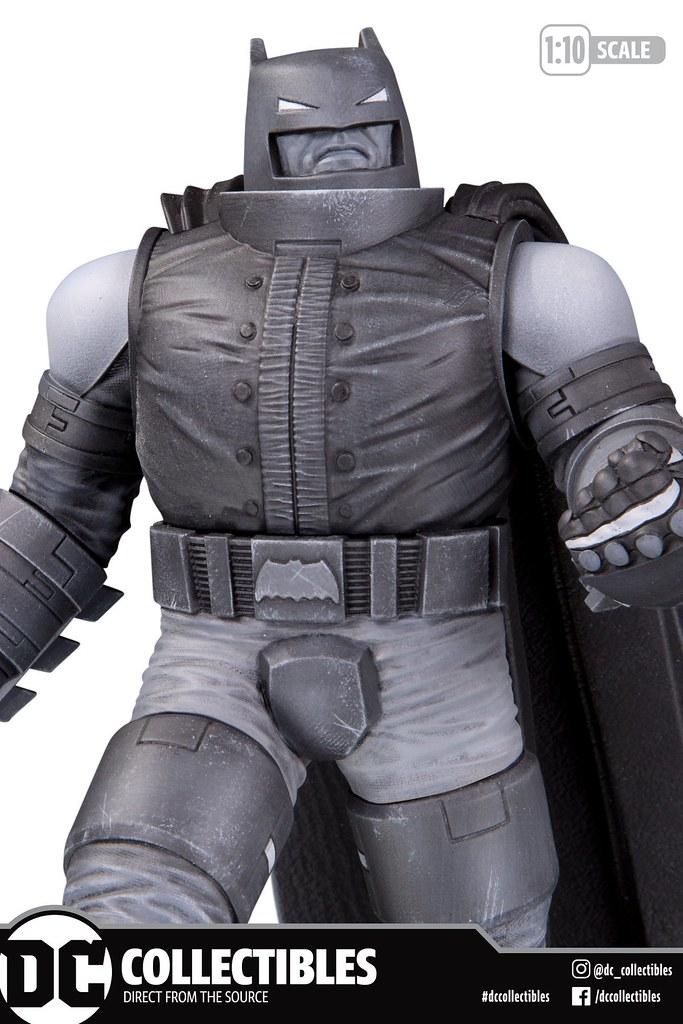 DC Collectibles 蝙蝠俠黑白雕像系列【鋼鐵蝙蝠俠 by 法蘭克·米勒】Armored Batman by Frank Miller 1/10 比例全身雕像 公開!