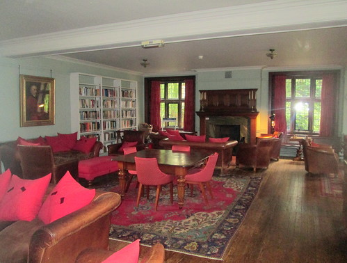 Gladstone Library, drawing  Room