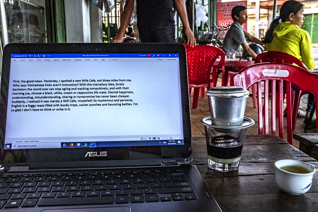 Writing at Mrs Ha's cafe on 9-19-19--Ea Kly