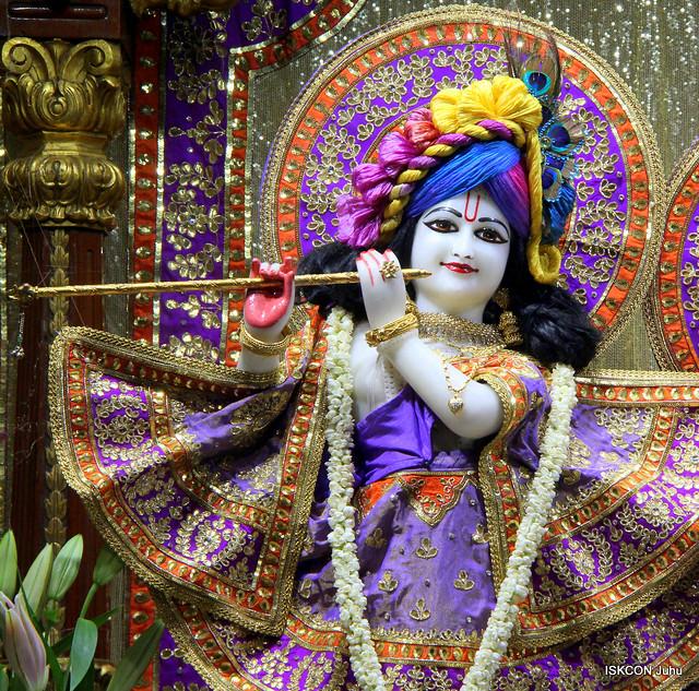 ISKCON Juhu Mangal Deity Darshan on 19th Sep 2019