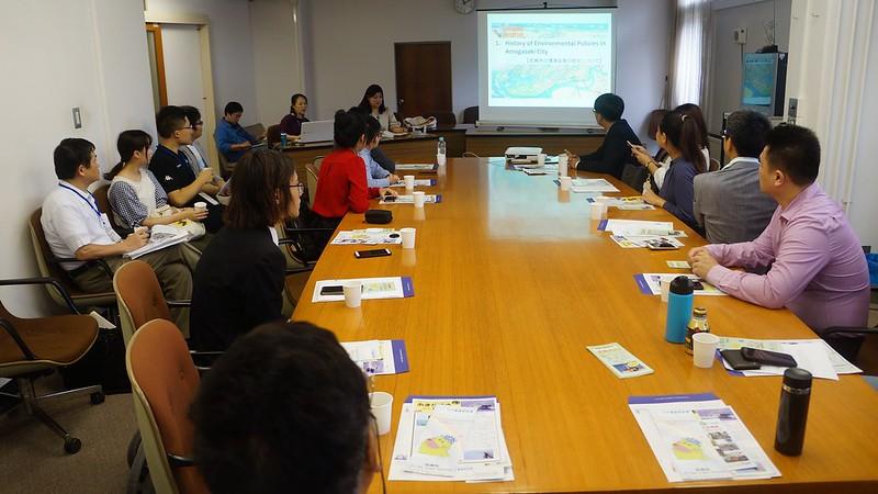 「台日綠人交流活動」17日特別拜會兵庫縣尼崎市市長,針對永續發展與城市治理進行交流跟對話。