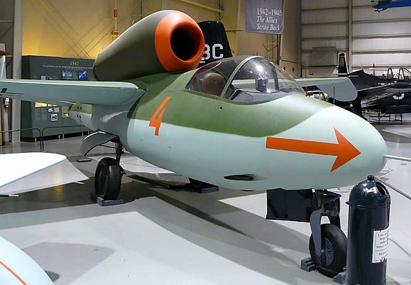 Heinkel HE-162 Salamander 3
