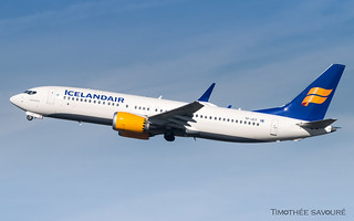 CDG | Icelandair Boeing 737 MAX 8 | TF-ICY