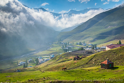 khinaliq tourism eurasia asia scenicsnature beautyinnature remote azerbaijan travel caucasus outdoors colorimage landscape horizontal traveldestinations mountain qubadistrict