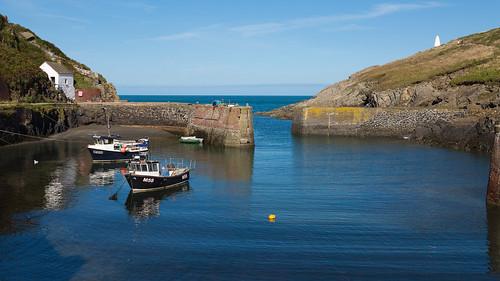 pembroke wales harbour fishingboat coastalpath canon eos5dmarkiii ef24105mmf4lisusm porthgain