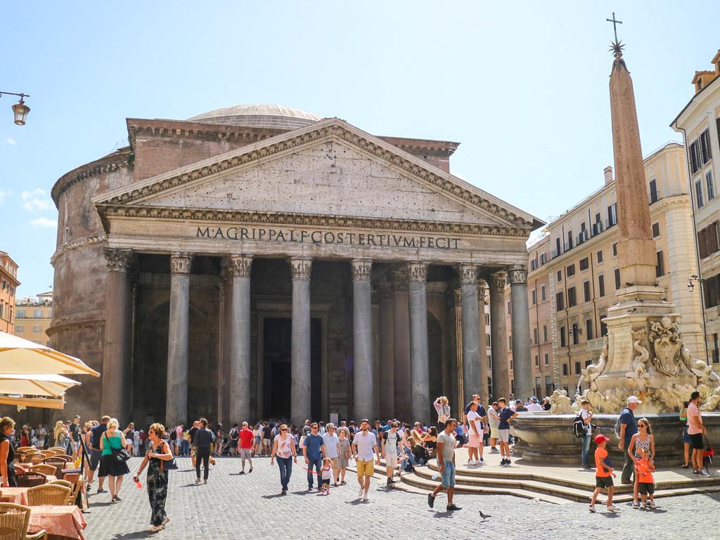 Vista del Panteón de Agripa