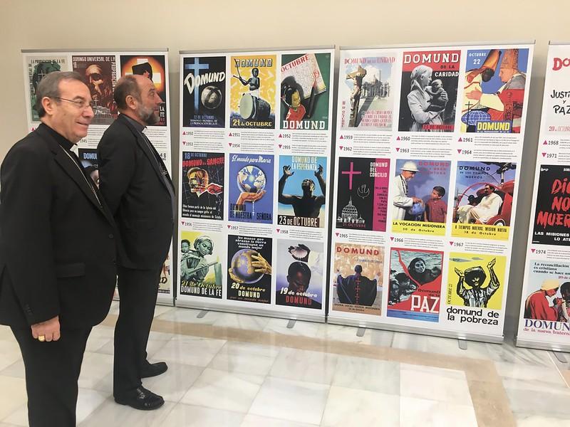 Pérez y Calderón, en la muestra de carteles del Domund