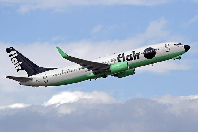 Flair Air Boeing 737-86J C-FFLC YVR 31-08-19